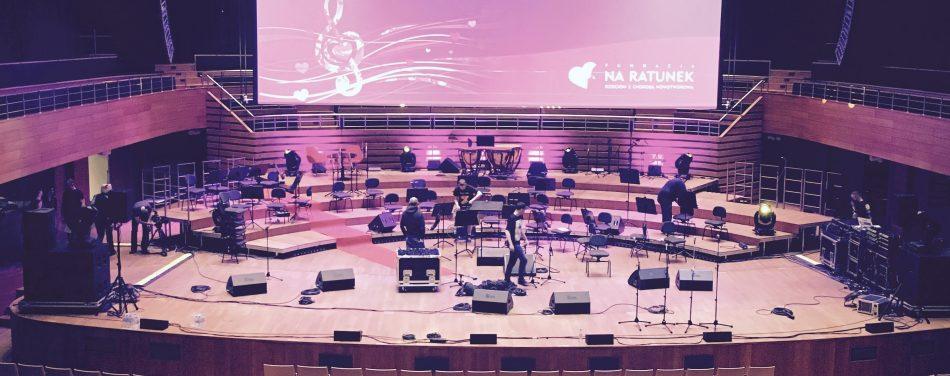 """Koncert Nadziei dla Fundacji """"Na ratunek dzieciom z Chorobą Nowotworową"""" - kilka nutek przysłuży się czemuś dobremu..."""